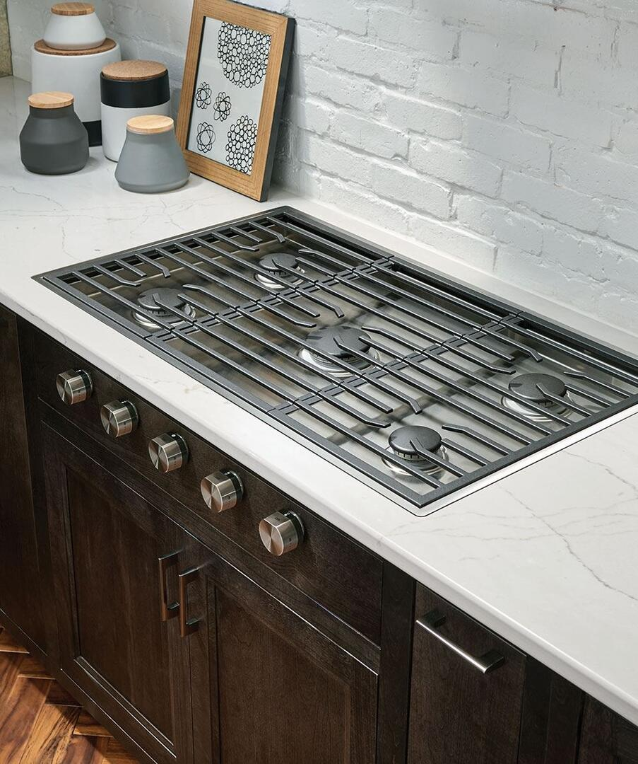 cooktop and between s range what gas bosch a stove whats featured difference the countertop