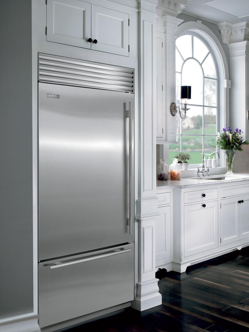 Sub zero counter depth refrigerator -  Sub Zero Panel Ready With Stainless Steel Flush Inset Configurations