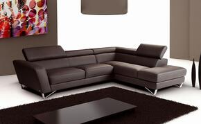 J and M Furniture 1769111RHFCBR