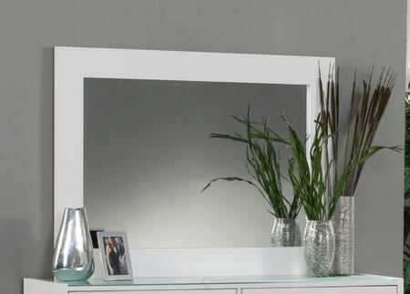Sandberg 33710 Madison Avenue Series Rectangular Landscape Dresser Mirror
