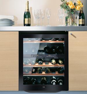miele kwt4154ug1 23 5 inch built in wine cooler in black appliances connection. Black Bedroom Furniture Sets. Home Design Ideas