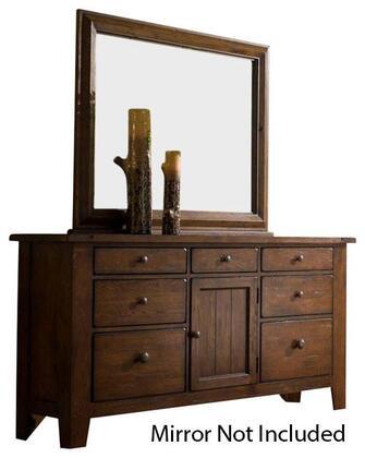 Broyhill 439932 Attic Heirlooms Series Wood Dresser