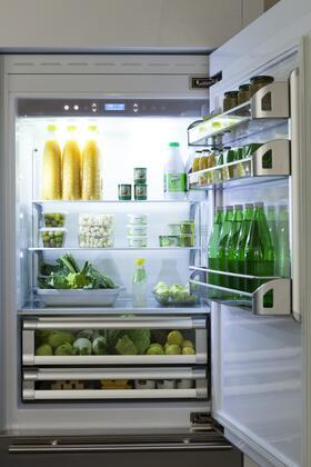 "Fhiaba B 30"" Brilliance Series Built In Bottom Freezer Refrigerator with TriMode, TotalNoFrost, 3 Evenlift Shelves, Door Storage, LED Lighting and Left Hinge:"