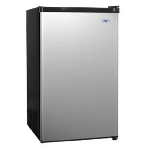 Sunpentown RF440S  Compact Refrigerator with 4.4 cu. ft. Capacity in Stainless Steel
