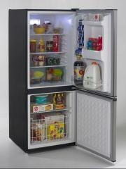 Avanti FFBM921PS Bottom Freezer Refrigerator