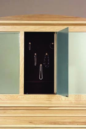 AHINT556T MIRROR WITH HIDDEN COMPARTMENT DETAIL