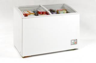 Avanti CF208G  Freezer with 7.4 Capacity in White