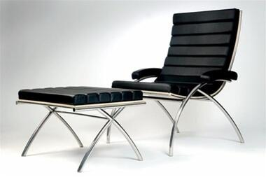 Fine Mod Imports FMI9010 Classic Lounge Chair and Ottoman In Leather: