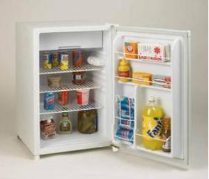 Avanti RM4550W2  Freestanding Compact Refrigerator with 4.5 cu. ft. Capacity, 2 Wire ShelvesField Reversible Doors